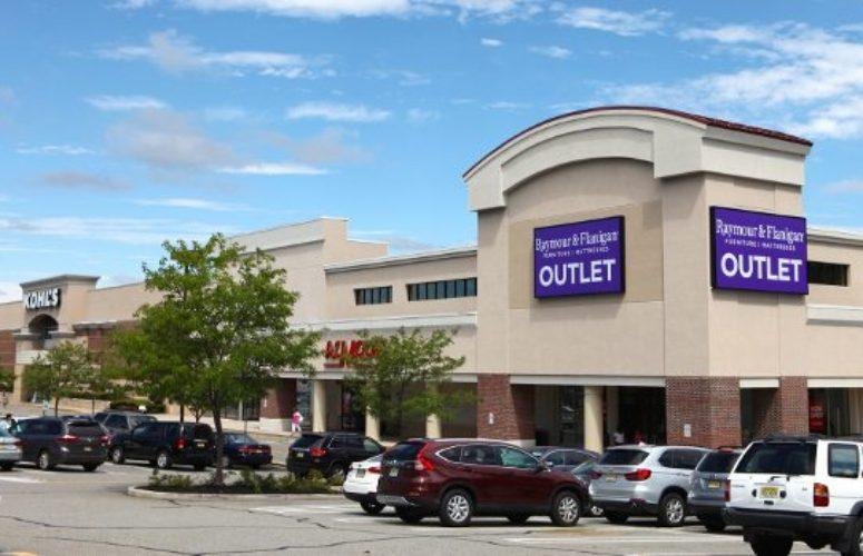Outlet New Jersey >> Raymour Flanigan Outlet Is Now Open At Paramus Place In